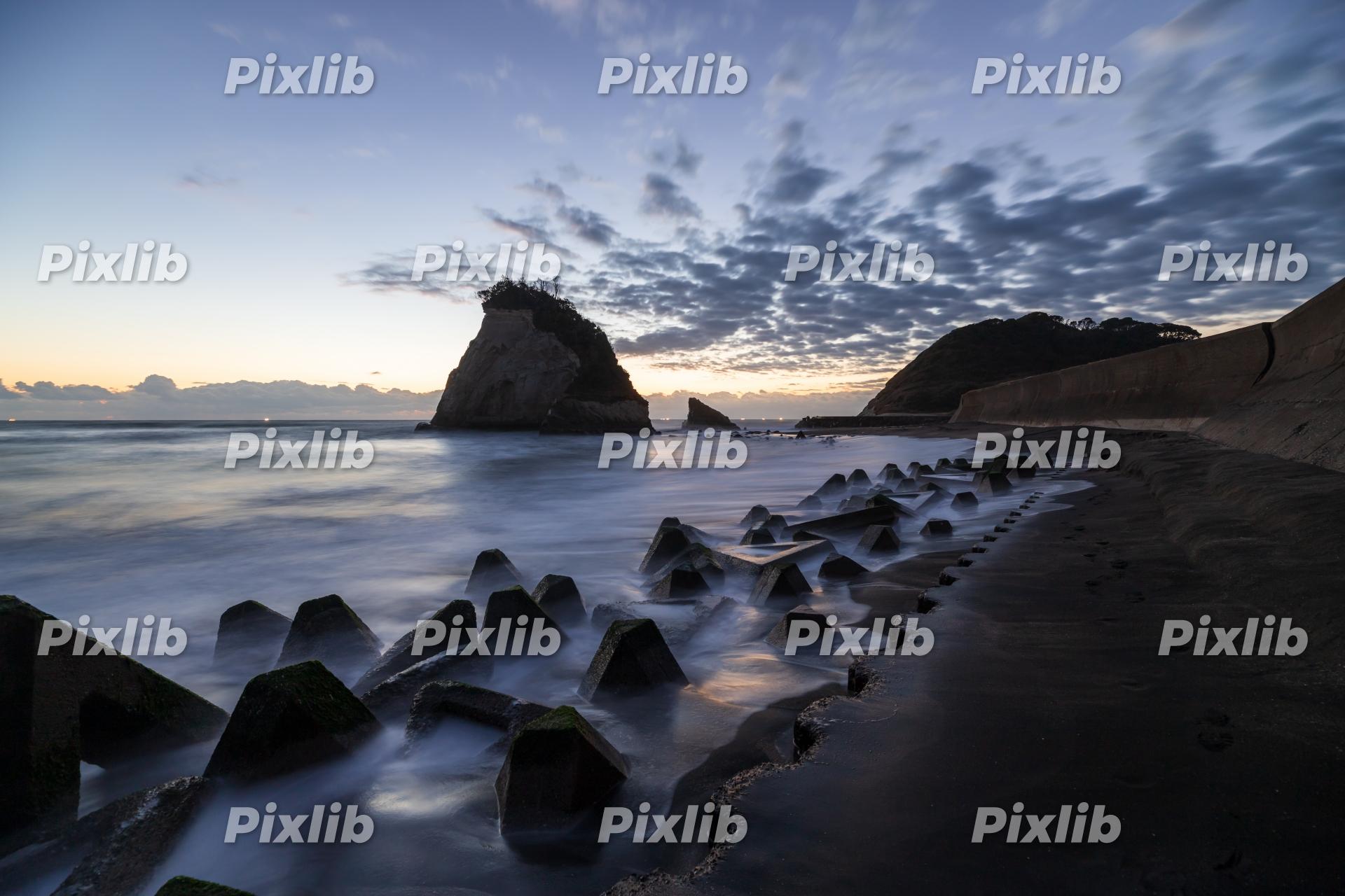 津々ヶ浦の夫婦岩