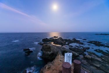 月夜の城ヶ島