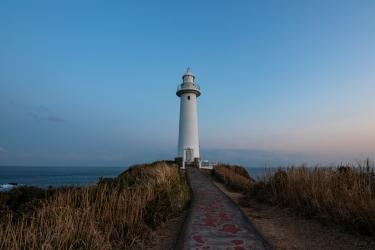 マジックアワーの爪木崎灯台